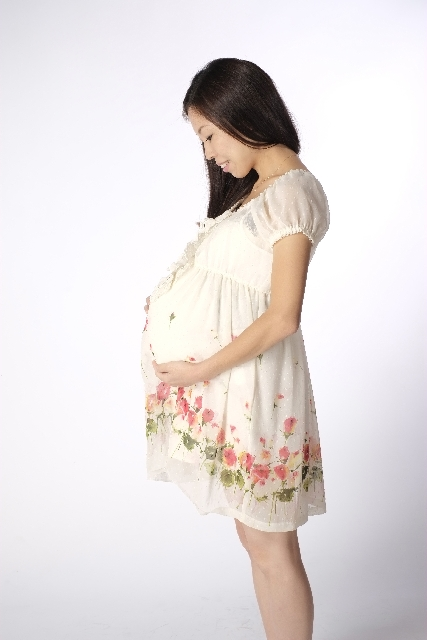 妊娠6ヶ月の妊婦さん